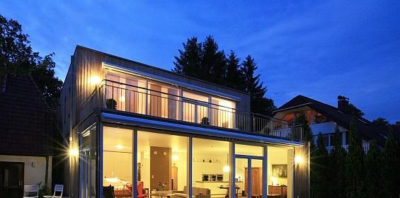 """""""effi"""" heißt ein neues Hauskonzept der LBS West, das die Sparsamkeit eines Passivhauses mit voller Alltagstauglichkeit kombiniert. (Foto: LBS)"""