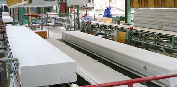 Ytong Herstellung bei Xella Porenbeton in Österreich (Foto: Xella Porenbeton)